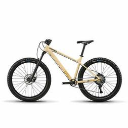 Diamondback Bikes Line 27.5 Hardtail Mountain Bike, MD / 18i