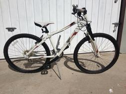 Raleigh Bikes Women's 24 Speed Mountain Bike