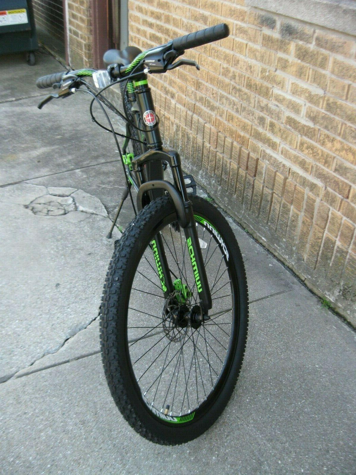 Schwinn 21 Shimano Frame Bicycle. LOCAL